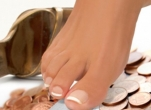 Luxury Shellac Pedicure - 60 Minutes